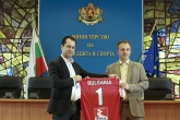 Спорт - Заместник-министър Калин Каменов награждава