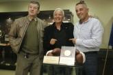 Георги Костадинов дари олимпийския си медал и ръкавиците на музея на спорта - 12.10.2015
