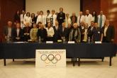 Красен Кралев и Стефка Костадинова връчиха карти на заслужили олимпийци - 10.11.2015