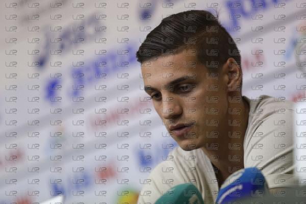 Футбол - награждаване - играч на кръга - Кирил Десподов - 08.11.2018
