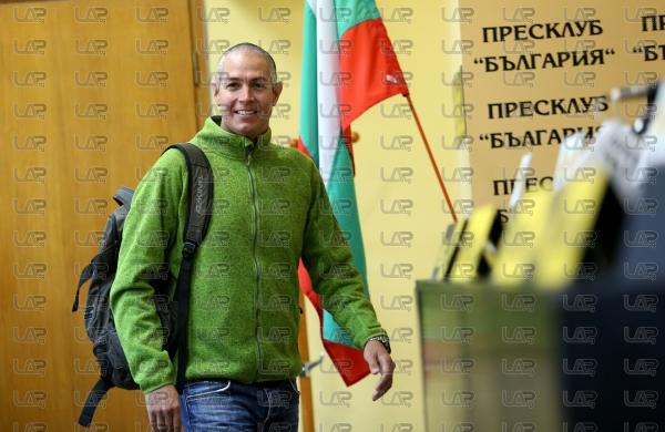 Сноуборд - пресконференция - Владимир Павлов - спускане Манаслу 8156 м. - 08.10.2019