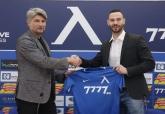 Футбол - официално - Симеон Славчев подписа с ПФК Левски - 22.12.2019