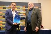 Изтъкнати настоящи и бивши футболисти получиха лицензи за треньор от БФС - 24.01.2020