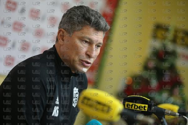 Футбол - Пресконференция на Красимир Балъков преди заминаването на отбора за подготвителен лагер - 15.1.2021